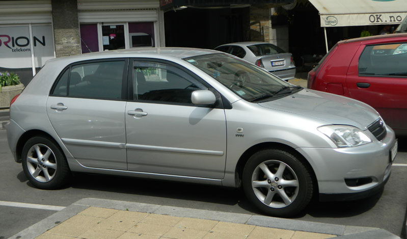 Corolla front 2002