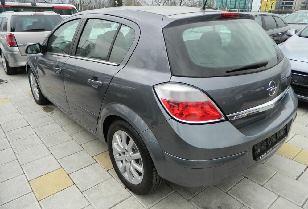 Opel Astra H DSCN2250