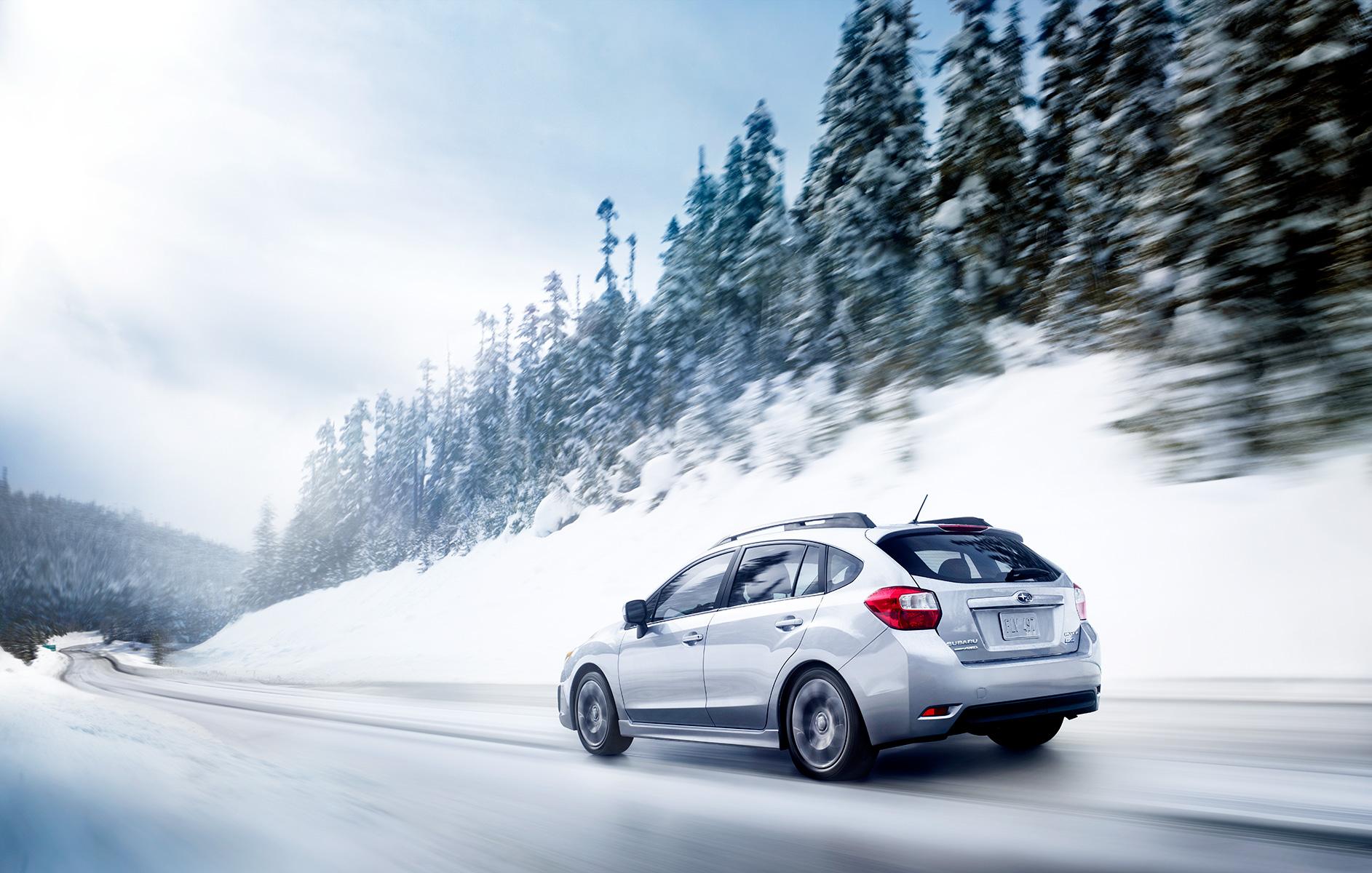 subaru-driving-snow