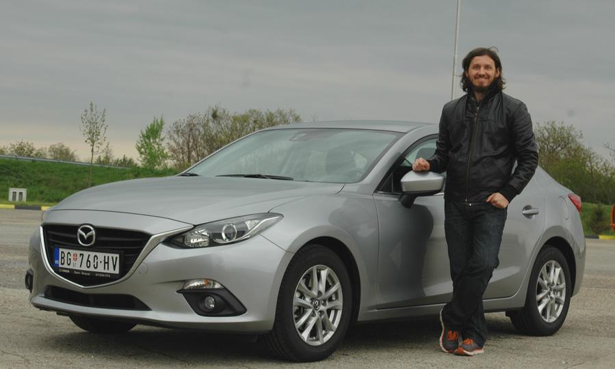 Mazda-3-je-auto-za-preporuk