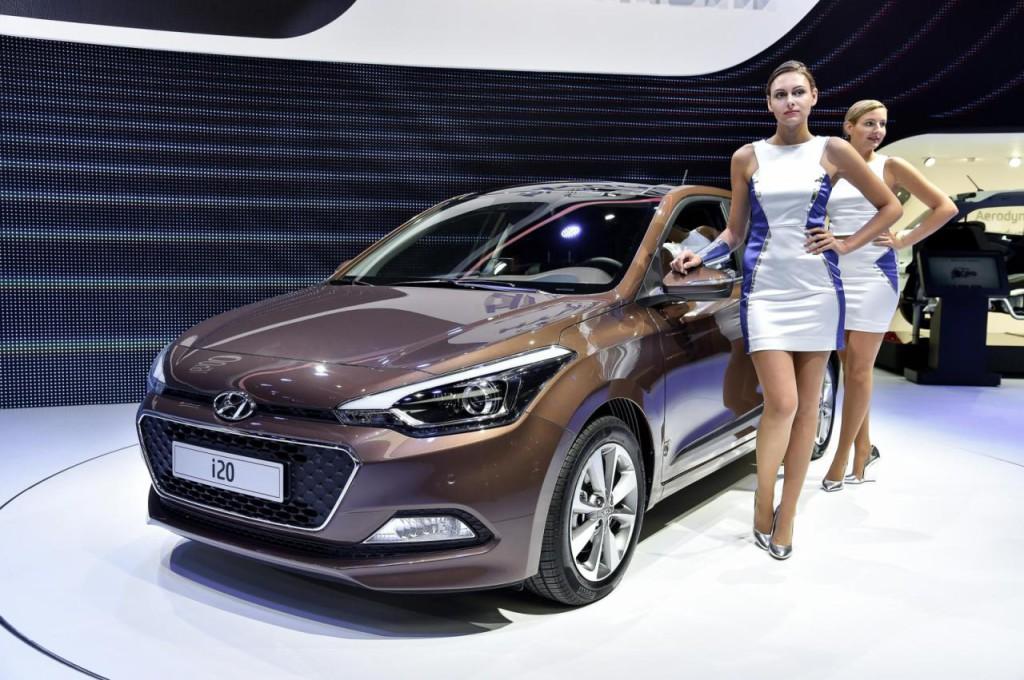 Girls Hyundai Paris 2015